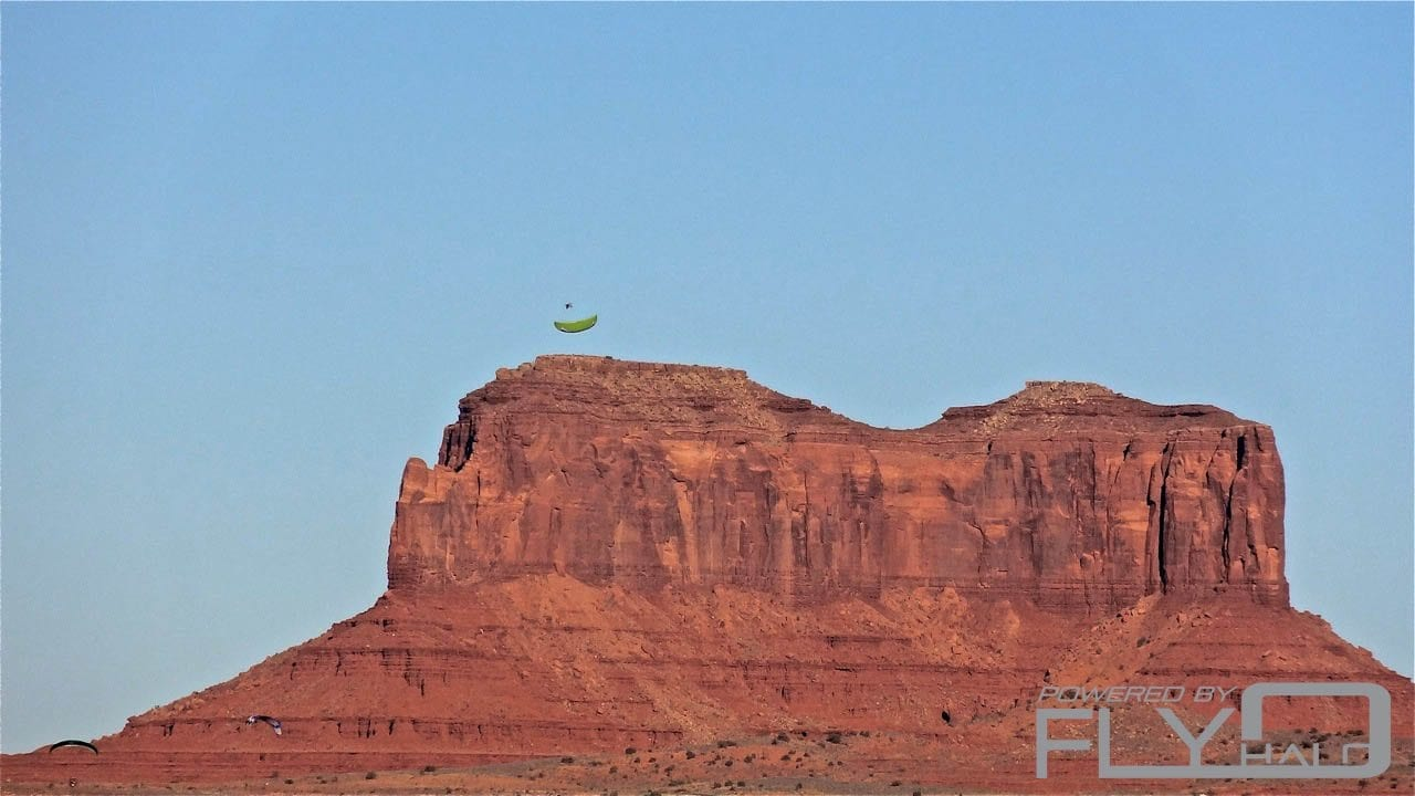 team fly halo monument valley paramotor fly in